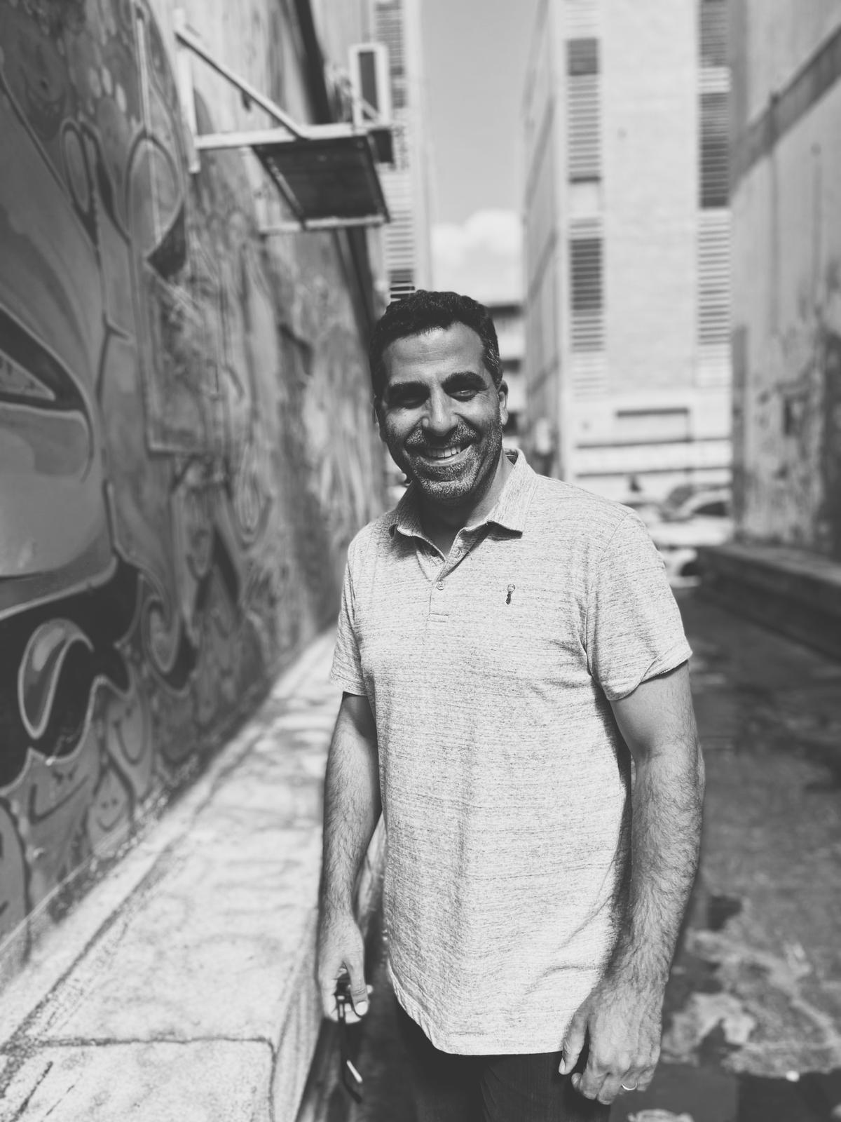 Avi Ben Simon <br> Studio Director / Head Designer